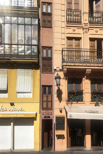 La Estrecha Valencia
